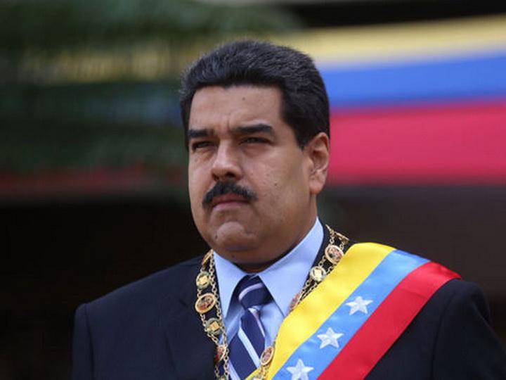 Президент Венесуэлы поздравил Ильхама Алиева с переизбранием на пост главы государства