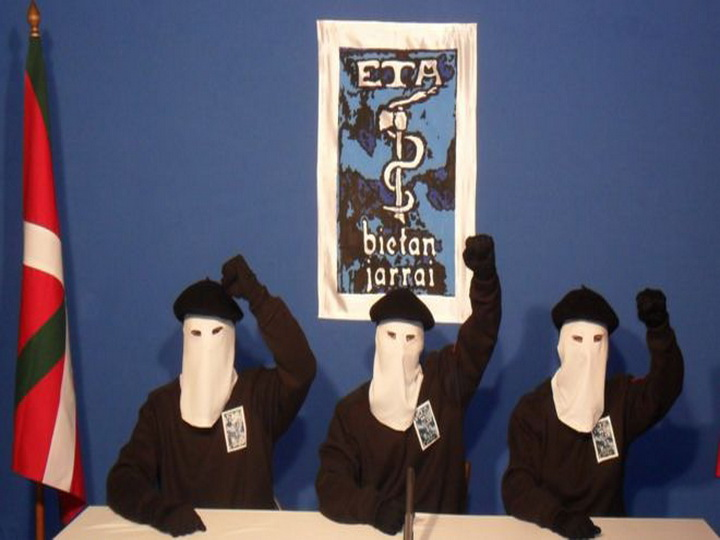 Баскская террористическая группировка ЭТА попросила прощения у Испании за сотни убитых
