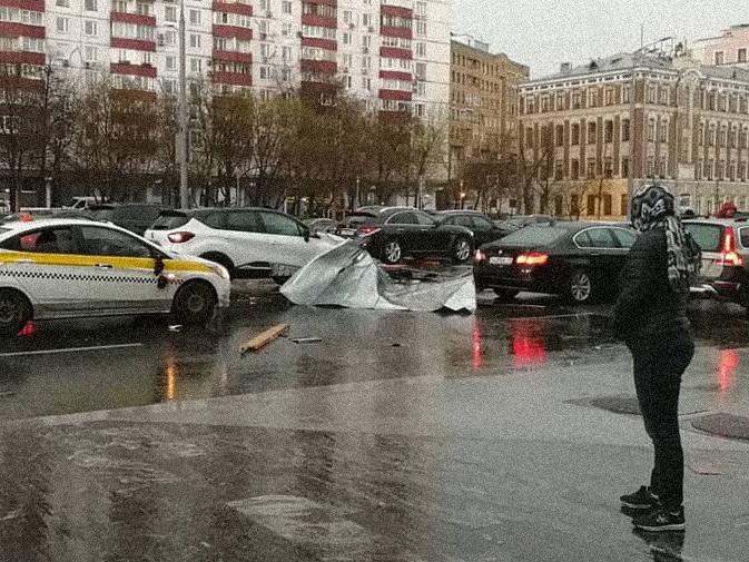 Ураган в Москве: есть погибшие – ФОТО – ВИДЕО