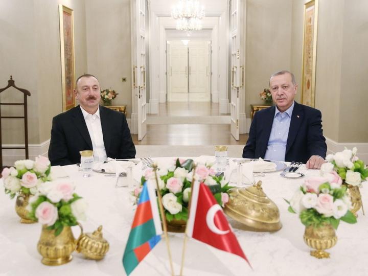 Состоялся совместный ужин президентов Азербайджана и Турции - ФОТО