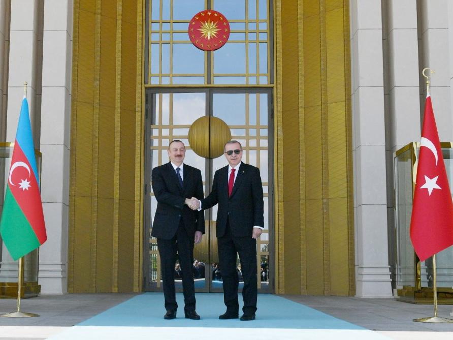 В Анкаре состоялась церемония официальной встречи Президента Азербайджана Ильхама Алиева - ФОТО