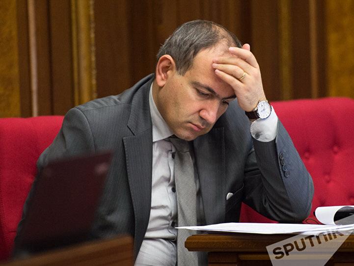 Армянская оппозиция выдвигает Никола Пашиняна в премьеры