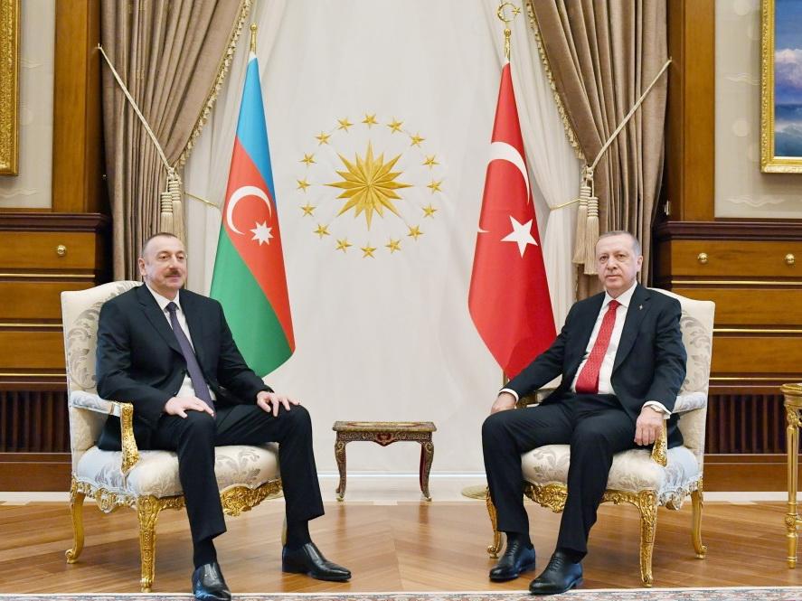 Президенты Азербайджана и Турции провели встречу один на один - ФОТО
