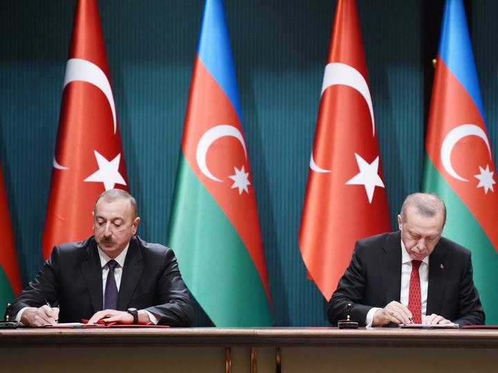 Подписаны азербайджано-турецкие документы - ФОТО