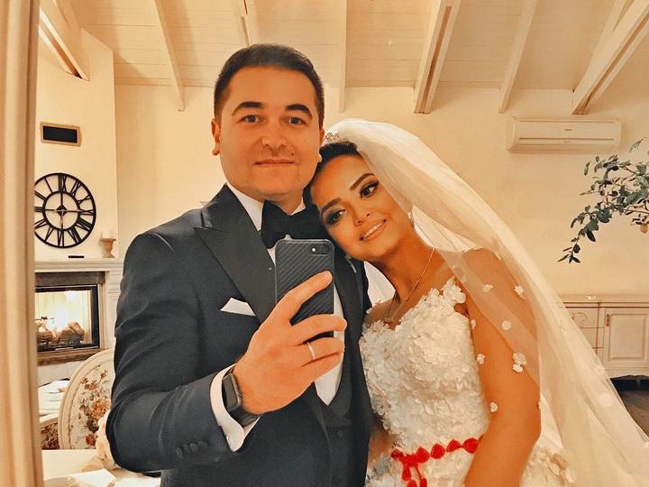 Илькин Гасани трогательно поздравил супругу с годовщиной свадьбы – ФОТО