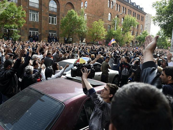 Партия «Дашнакцутюн» заявила о выходе из правящей коалиции в Армении