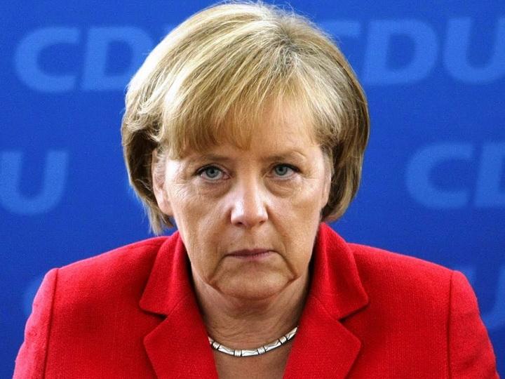 Ангела Меркель поздравилаИльхама Алиева с переизбранием на пост Президента Азербайджана
