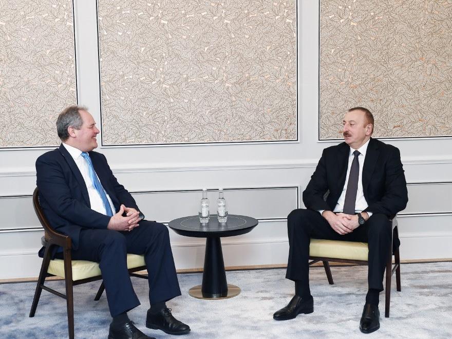 Президент Ильхам Алиев встретился с группой членов британского парламента – ФОТО