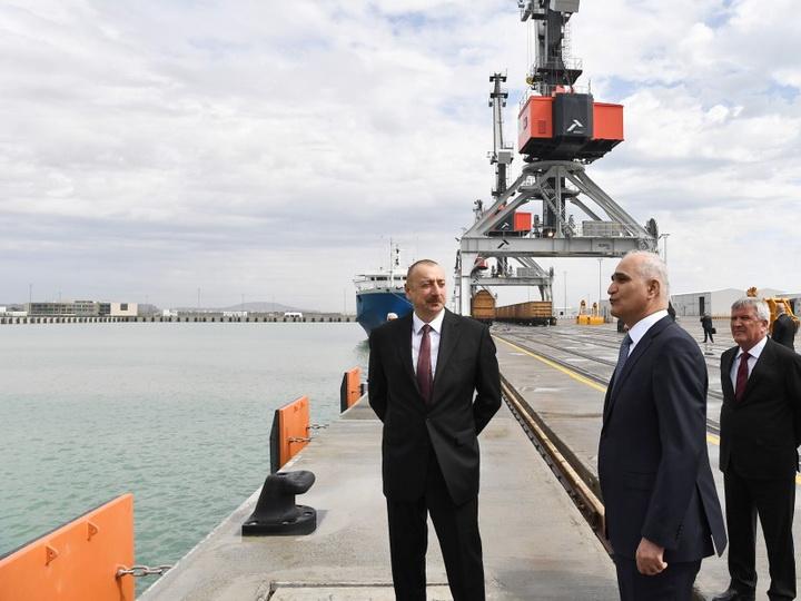 Ильхам Алиев принял участие в церемонии открытия комплекса Бакинского международного морского торгового порта - ФОТО