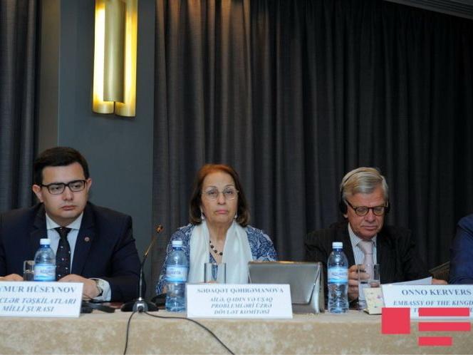 В Азербайджане демографическое соотношение полов удалось приблизить к норме