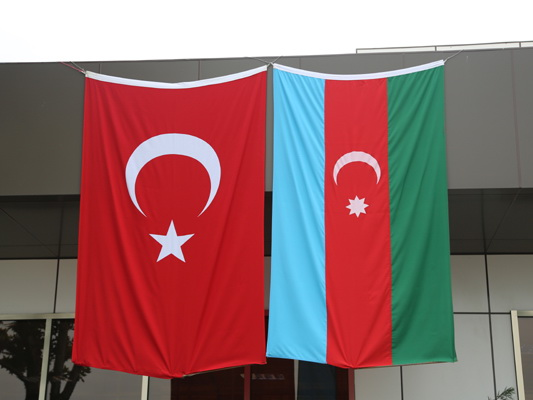 В Турции раскритиковали тех, кто называет азербайджанцев «азери»
