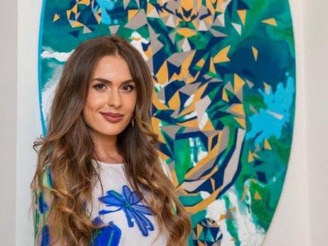 В Баку прошла выставка известной украинской художницы Яны Руснак – ФОТО