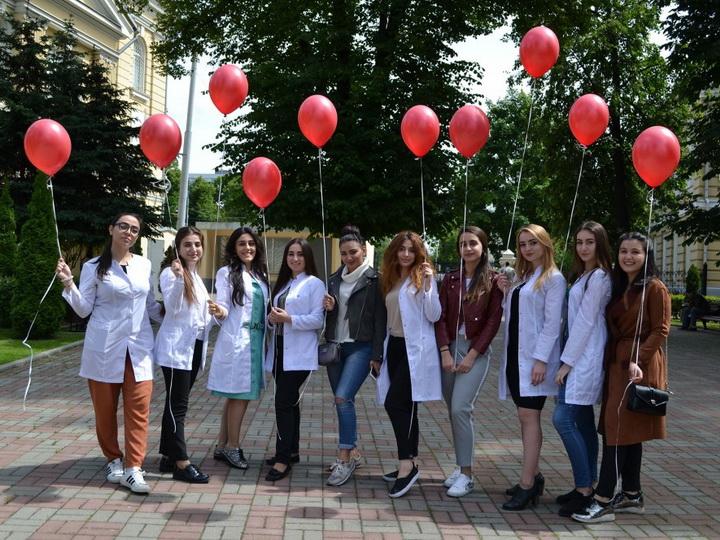 По инициативе Лейлы Алиевой в Москве прошла акция «У крови нет нации» - ФОТО