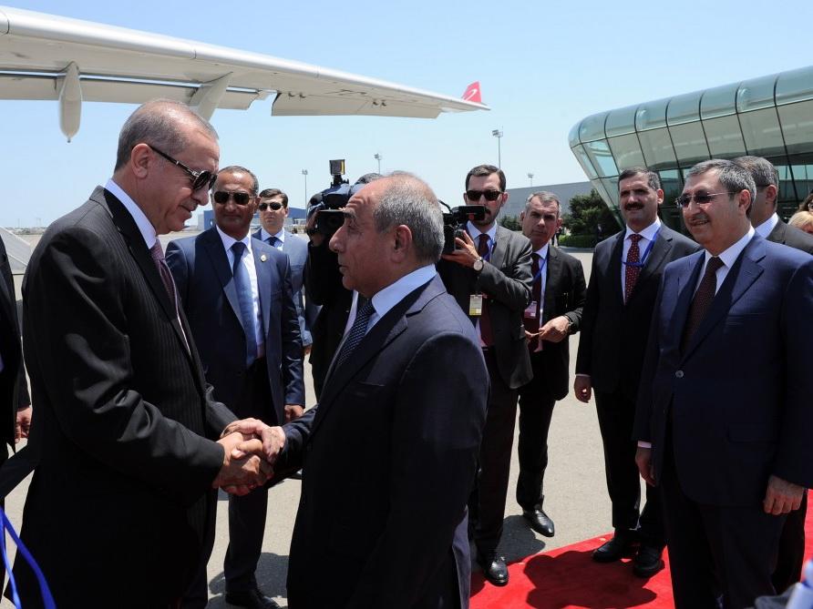 Начался визит президента Турции в Азербайджан - ФОТО