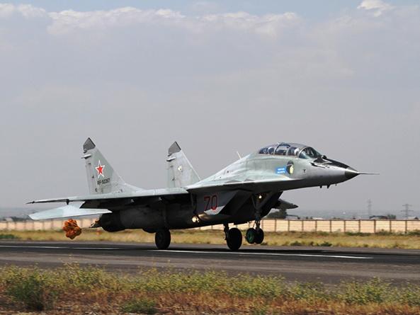 Два истребителя МиГ-29 поступили на российскую авиабазу в Армении