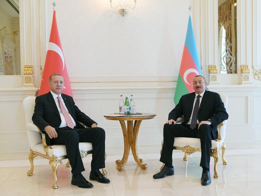 Состоялась встреча президентов Азербайджана и Турции один на один