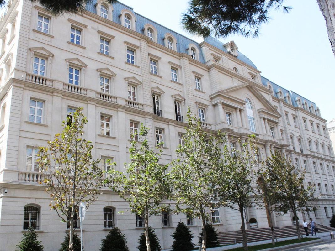 Азербайджан завершил первое полугодие с профицитом госбюджета