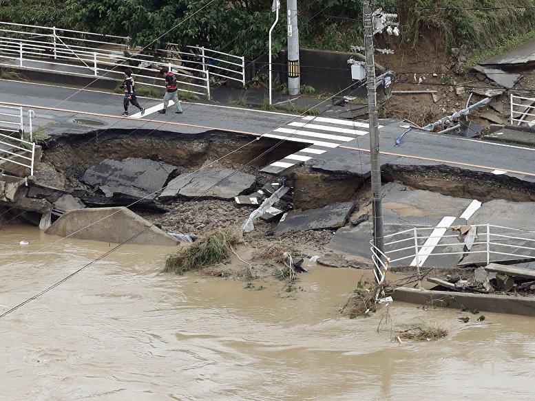 Наводнение в Японии унесло жизни 134 человек