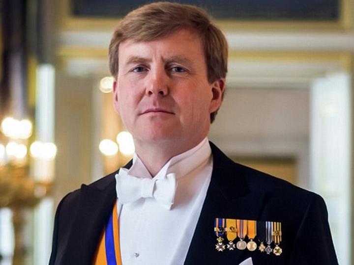 Король Нидерландов поздравил Президента Ильхама Алиева