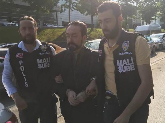 В Турции задержан Аднан Октар и его последователи – ФОТО – ВИДЕО