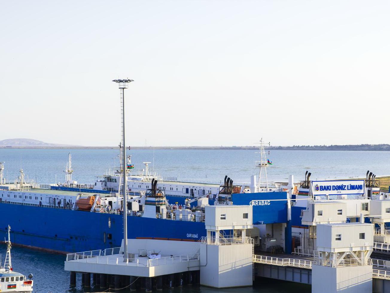 Бакинский международный морской торговый порт сообщил о росте грузо- и пассажироперевозок