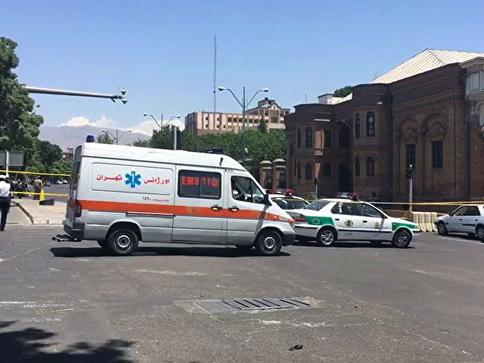 В Иране десятки людей погибли при столкновении автобуса и цистерны с нефтью