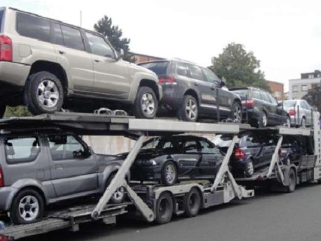 Азербайджан увеличил импорт автотранспортных средств почти в 2,8 раза