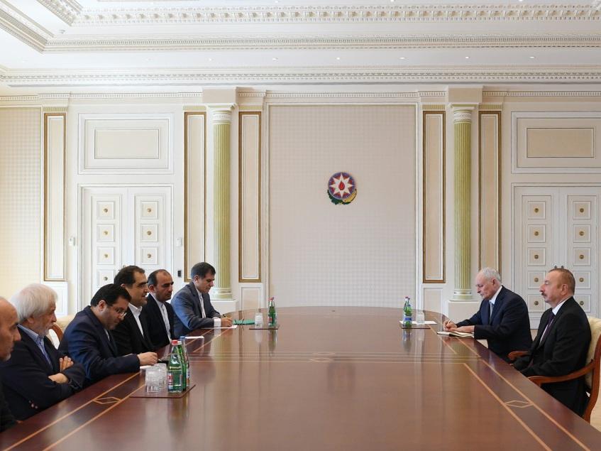 Президент Ильхам Алиев принял делегацию во главе с министром здравоохранения, лечения и медицинского образования Ирана – ФОТО - ОБНОВЛЕНО