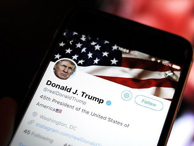 Трамп лишился 300 тыс. подписчиков после чистки Twitter