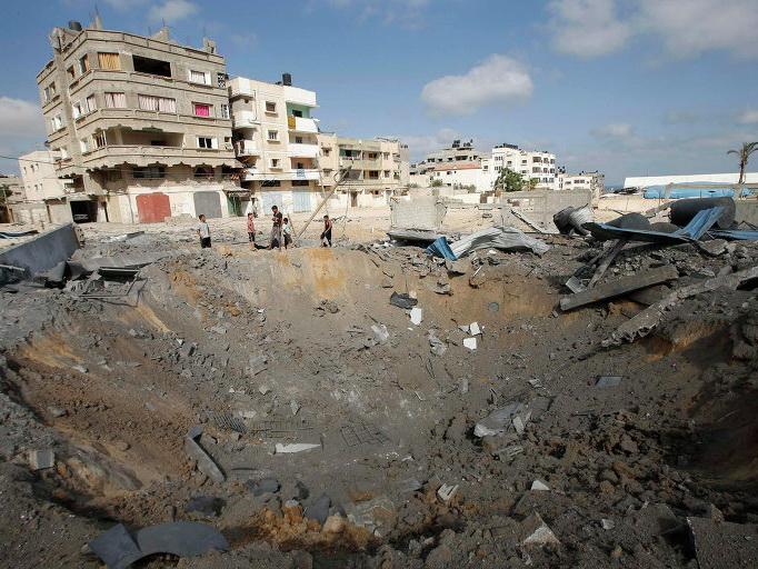 Двое палестинцев погибли после израильского авиаудара по сектору Газа