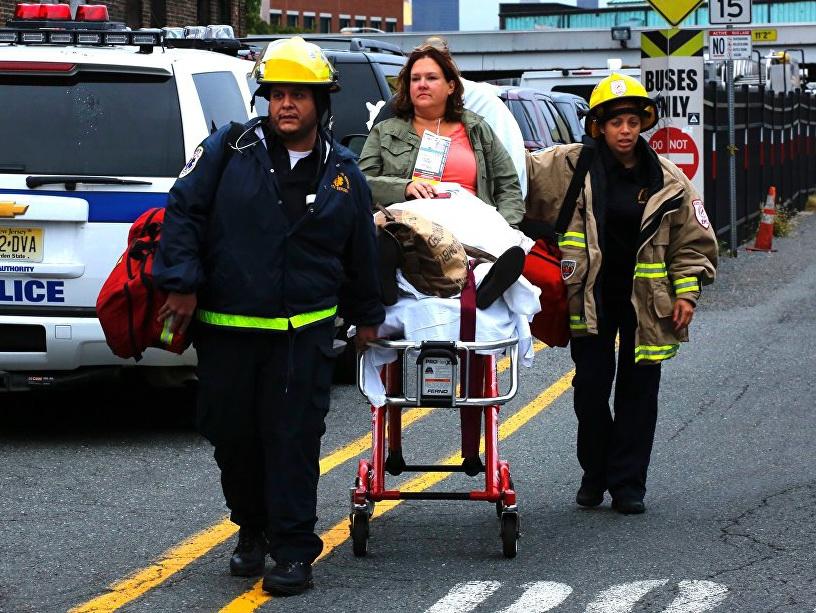 В Лос-Анджелесе 25 человек пострадали в аварии с автобусом