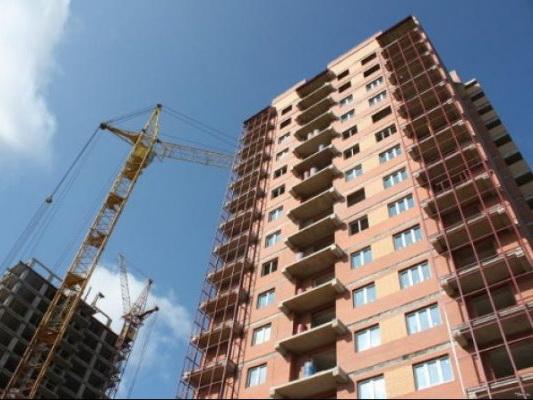 В Баку арестован глава стройфирмы, строящей высотку во дворе жилого дома
