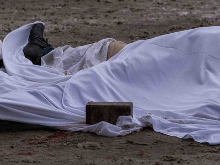 В Баку на берегу моря найден труп мужчины