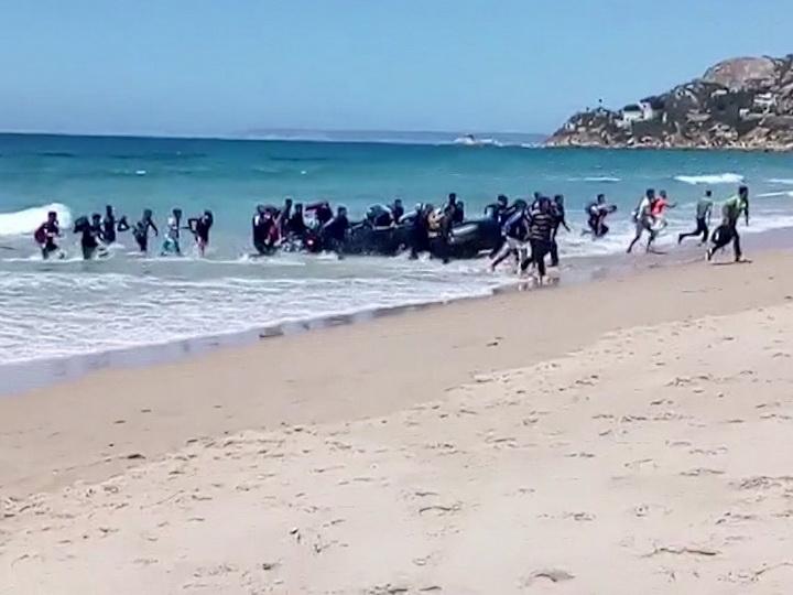 У берегов Испании пропала лодка с мигрантами