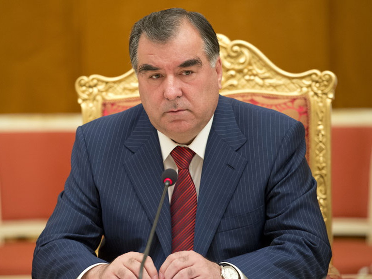Президент Таджикистана посетит с визитом Азербайджан