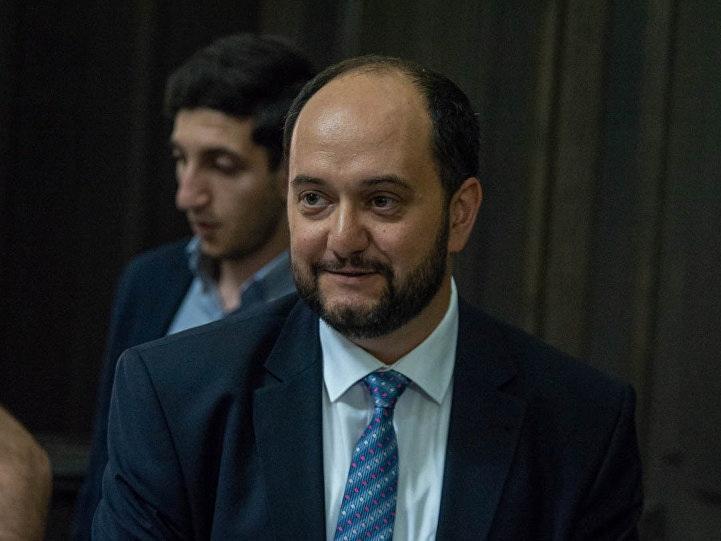 «Интерпретация событий» озадачила Арутюняна: министр взялся за армянские школы в Грузии?