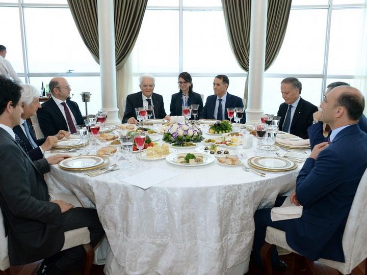 Состоялся совместный рабочий обед премьер-министра Азербайджана и Президента Италии - ФОТО