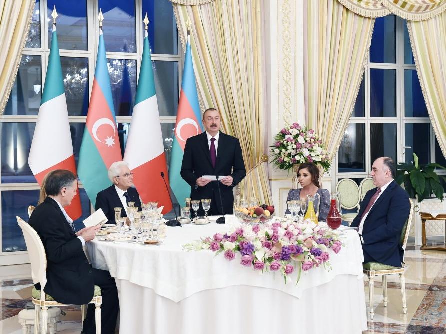 Президент Ильхам Алиев устроил официальный прием в честь Президента Италии - ФОТО