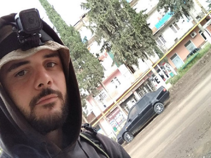 Bakıya səfər etmiş erməni əsilli videobloqer Vladislav Movsesov İrəvana gedib