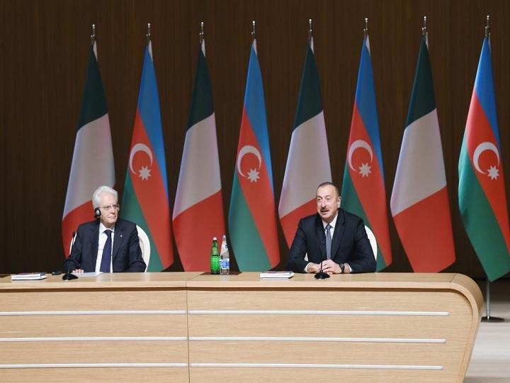 Bakıda Azərbaycan-İtaliya biznes forumu keçirilib – FOTO – YENİLƏNİB