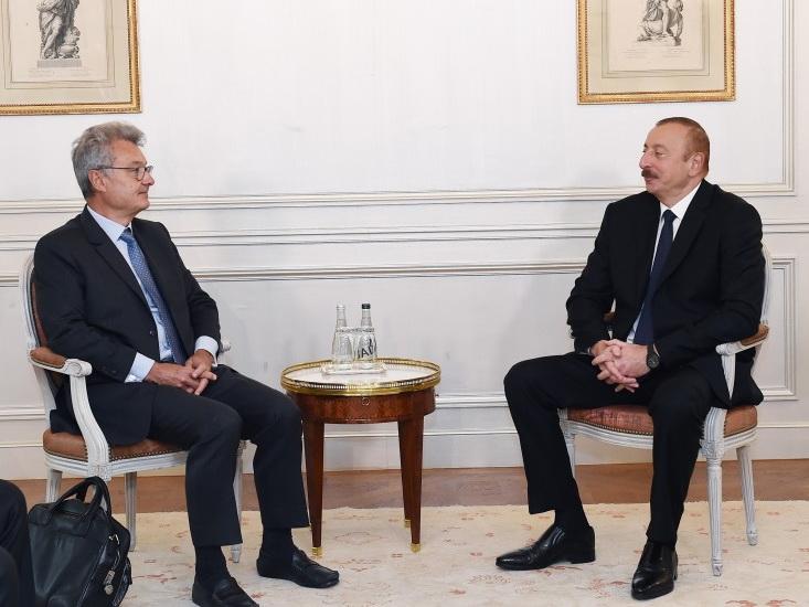 Президент Ильхам Алиев встретился с президентом компании SADE Франции - ФОТО