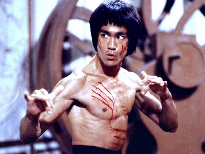 45 лет назад умер легендарный актер Брюс Ли - ФОТО