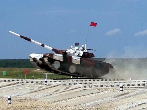 Азербайджанские военнослужащие отправились в Москву для участия в конкурсе «Танковый биатлон»