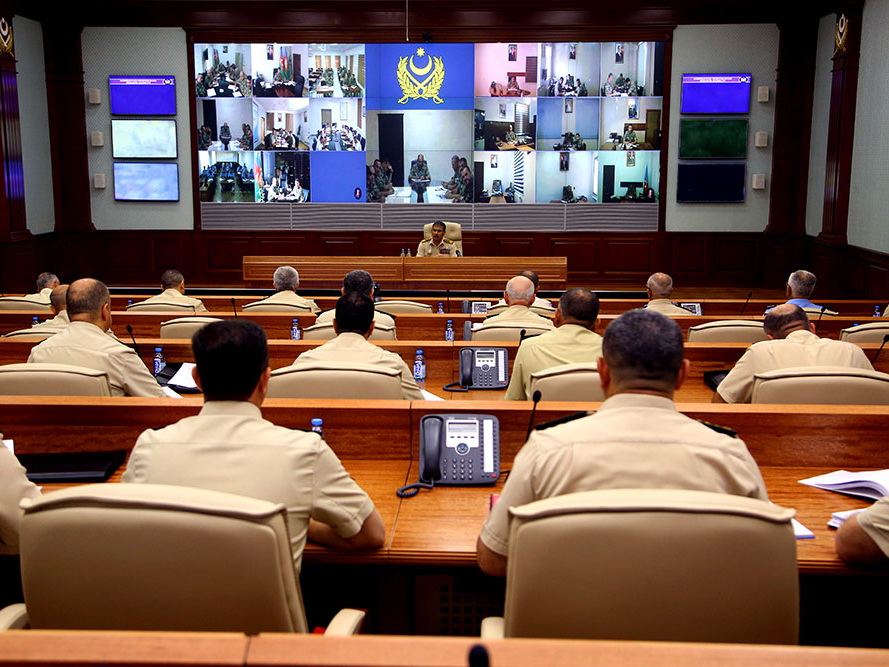 Закир Гасанов поручил строго соблюдать пожарную безопасность
