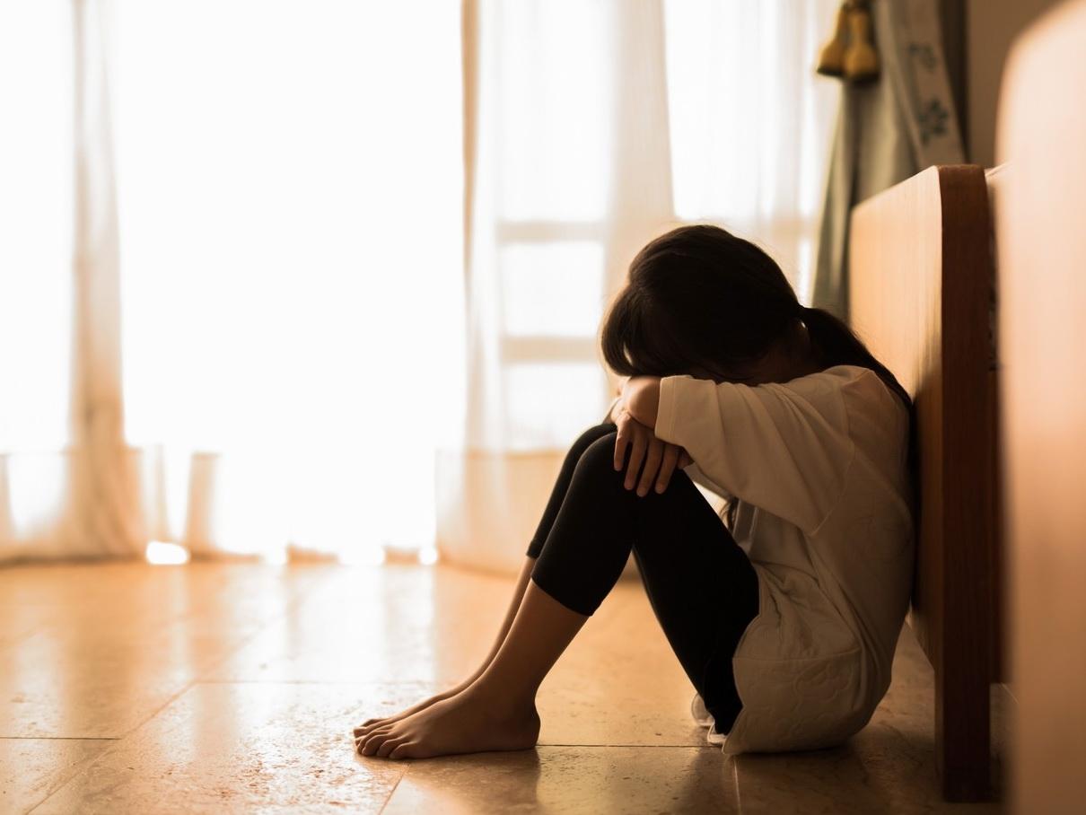 В Индонезии изнасилованную братом девочку посадили в тюрьму за аборт