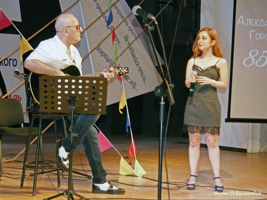 В Баку прошел XIII Международный фестиваль авторской песни и поэзии - ФОТО
