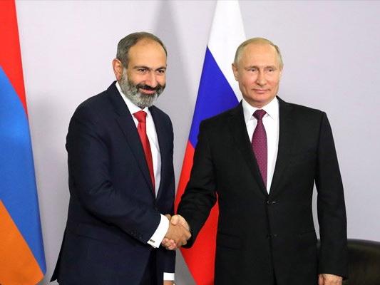 Фикрет Садыхов: Армения идет на обострение отношений с Россией