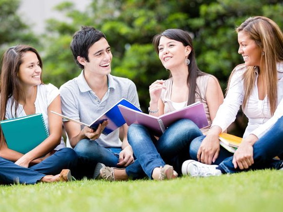 Министерство образования отправляет в Китай 23 студентов