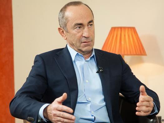 Кочарян останется под арестом, Генпрокуратура Армении отклонила ходатайство депутатов