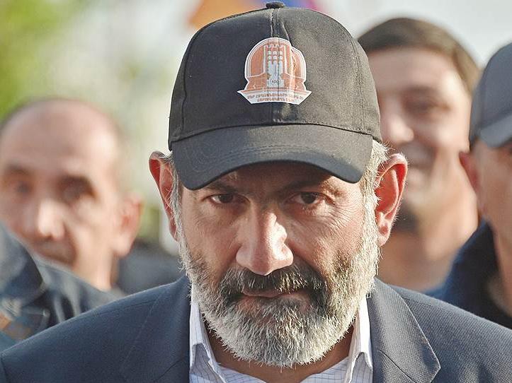 Премьер Армении отказался комментировать ситуацию с арестом Кочаряна